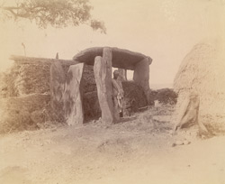 Large dolmen in the village of Motibennur.
